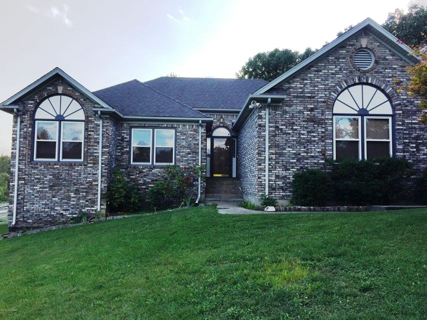 Single Family Home for Sale at 4645 Grand Dell Drive Crestwood, Kentucky 40014 United States