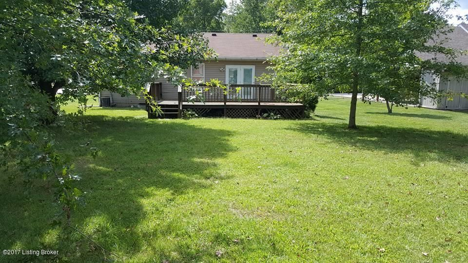 Additional photo for property listing at 145 BRIARWOOD Court 145 BRIARWOOD Court Carrollton, Kentucky 41008 United States