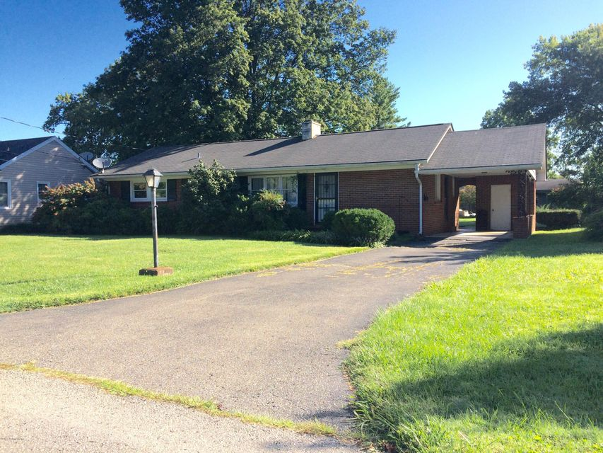 Single Family Home for Sale at 517 N 5th Avenue 517 N 5th Avenue La Grange, Kentucky 40031 United States