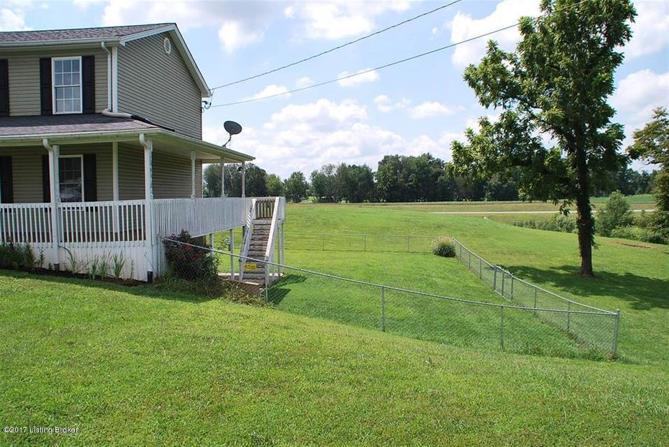 Additional photo for property listing at 218 Hidden Court 218 Hidden Court Vine Grove, Kentucky 40175 United States
