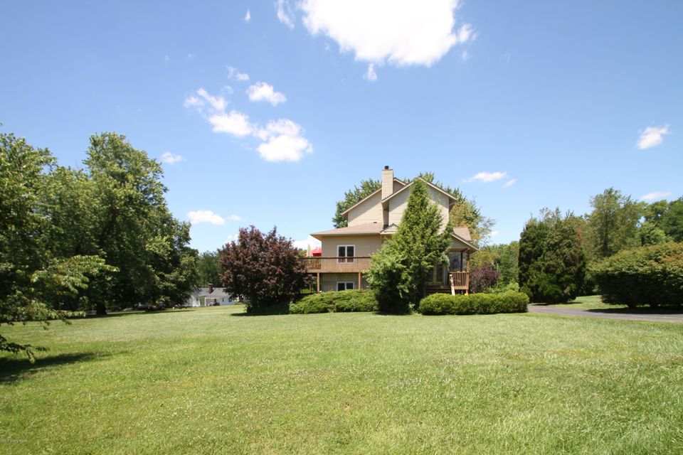 Additional photo for property listing at 6507 Jacob Drive 6507 Jacob Drive Westport, Kentucky 40077 United States