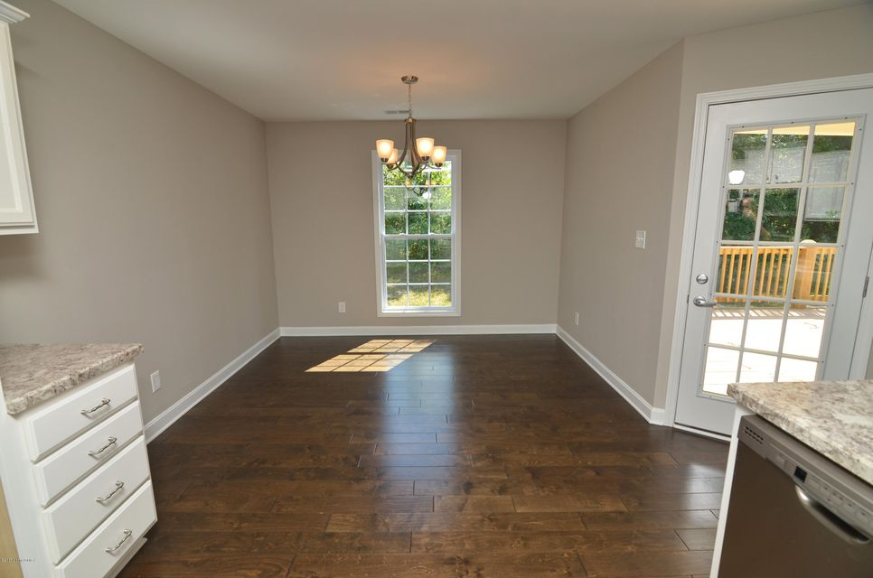 Additional photo for property listing at 609 Linde Way 609 Linde Way La Grange, Kentucky 40031 United States
