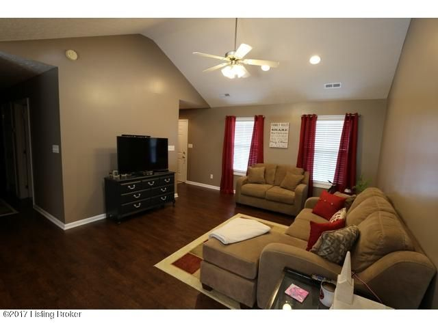 Additional photo for property listing at 106 Crossridge Drive  Leitchfield, Kentucky 42754 United States