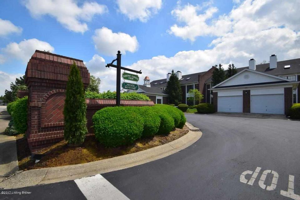 Condominium for Sale at 1273 Parkway Gardens Court Louisville, Kentucky 40217 United States