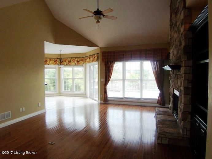 Additional photo for property listing at 103 Remington Drive 103 Remington Drive Bardstown, Kentucky 40004 United States