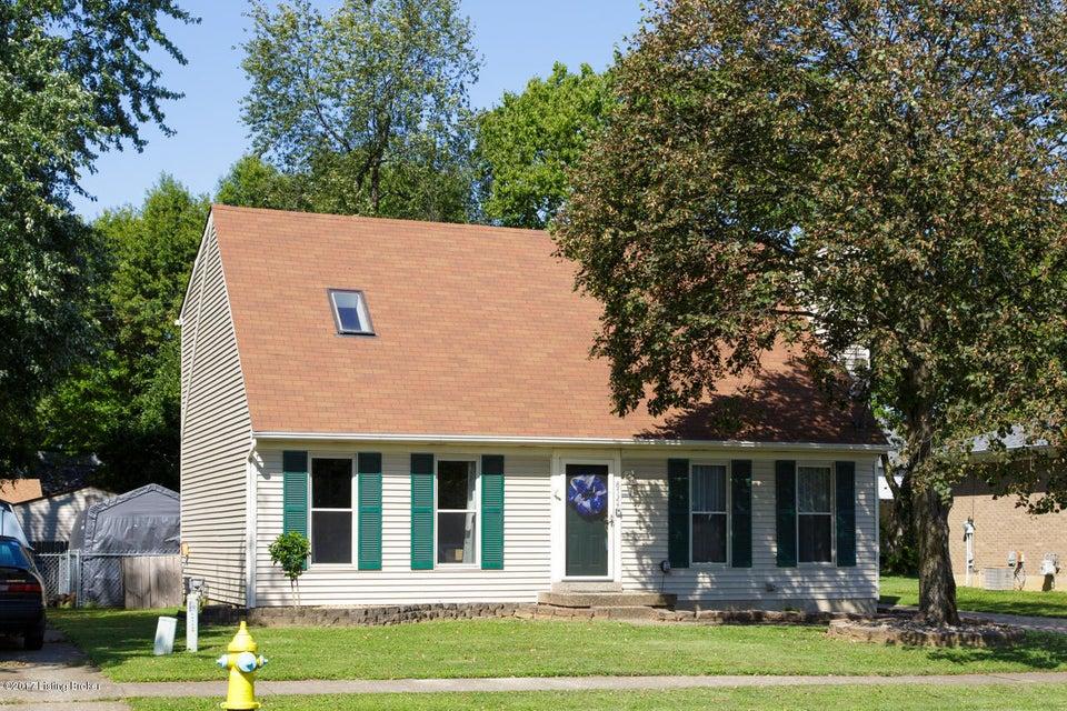 Single Family Home for Sale at 8724 Loch Lea Lane 8724 Loch Lea Lane Louisville, Kentucky 40299 United States