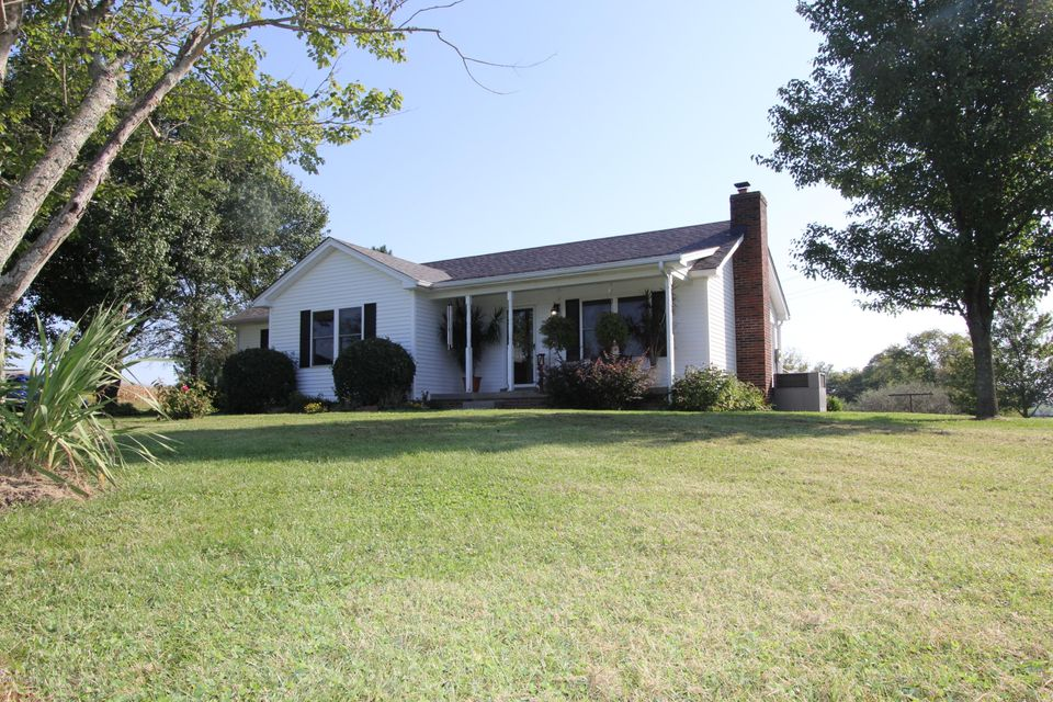 Single Family Home for Sale at 1125 Cole Road Harrodsburg, Kentucky 40330 United States