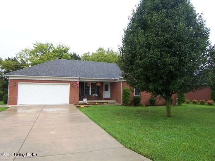 Single Family Home for Sale at 1011 Whispering Oak Drive 1011 Whispering Oak Drive Bardstown, Kentucky 40004 United States