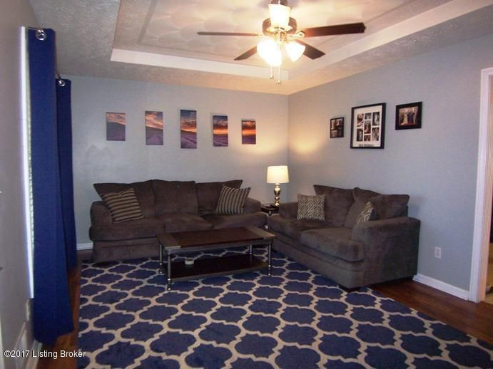 Additional photo for property listing at 1011 Whispering Oak Drive 1011 Whispering Oak Drive Bardstown, Kentucky 40004 United States