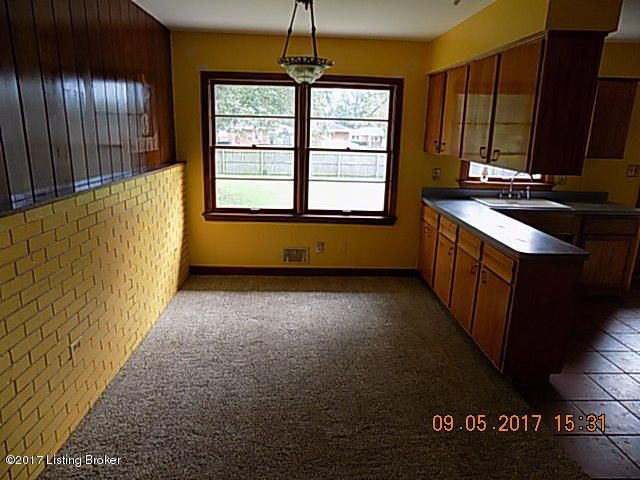 Additional photo for property listing at 1418 Rhonda Way 1418 Rhonda Way Louisville, Kentucky 40216 United States