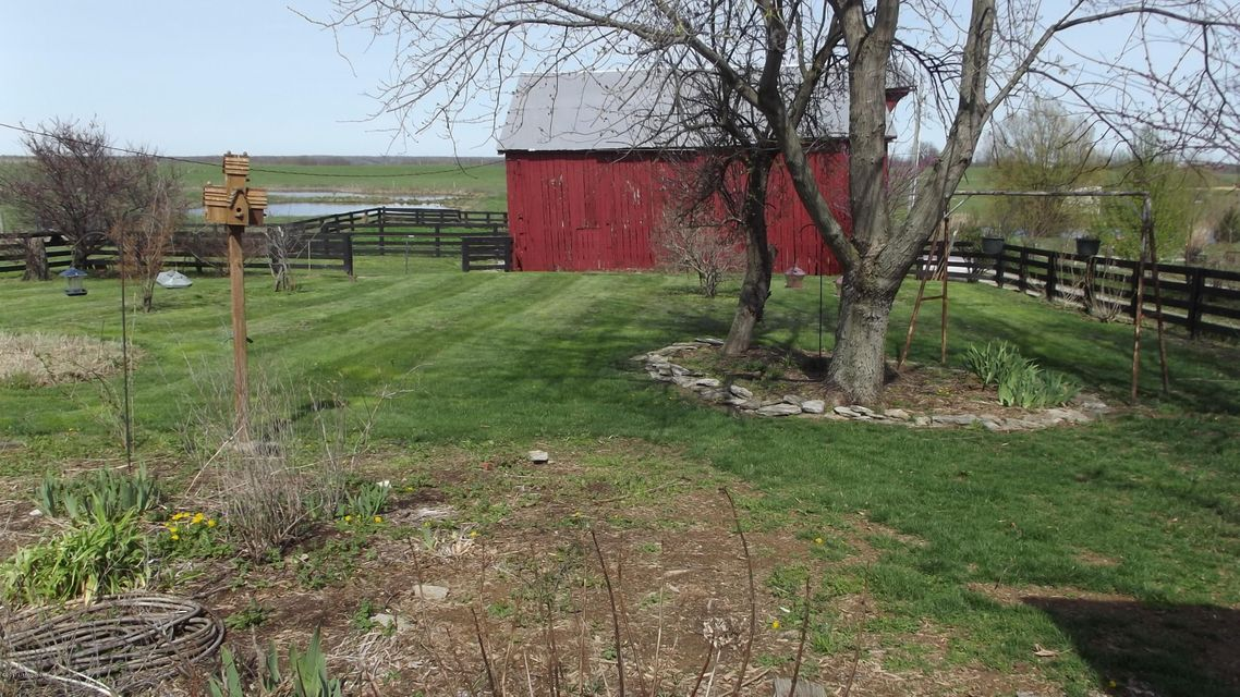 Additional photo for property listing at 7238 Castle Hwy 7238 Castle Hwy Pleasureville, Kentucky 40057 United States