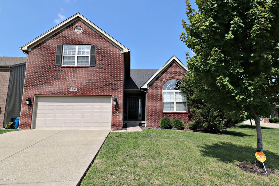 Single Family Home for Sale at 1706 Belay Way 1706 Belay Way Louisville, Kentucky 40245 United States