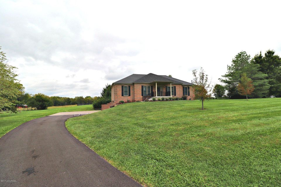 Additional photo for property listing at 5235 Orphan Lane 5235 Orphan Lane Shelbyville, Kentucky 40065 United States