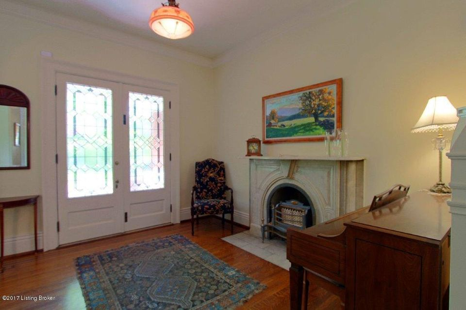 Additional photo for property listing at 1208 Cherokee Road 1208 Cherokee Road Louisville, Kentucky 40204 United States