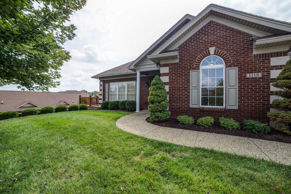 Single Family Home for Sale at 1119 Grazing Meadows Lane Louisville, Kentucky 40245 United States