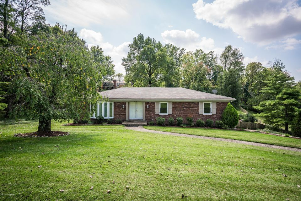 Single Family Home for Sale at 602 Riverwood Place 602 Riverwood Place Louisville, Kentucky 40207 United States