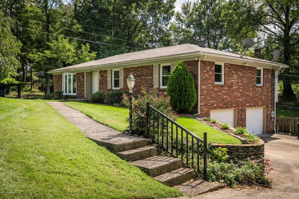 Additional photo for property listing at 602 Riverwood Place 602 Riverwood Place Louisville, Kentucky 40207 United States