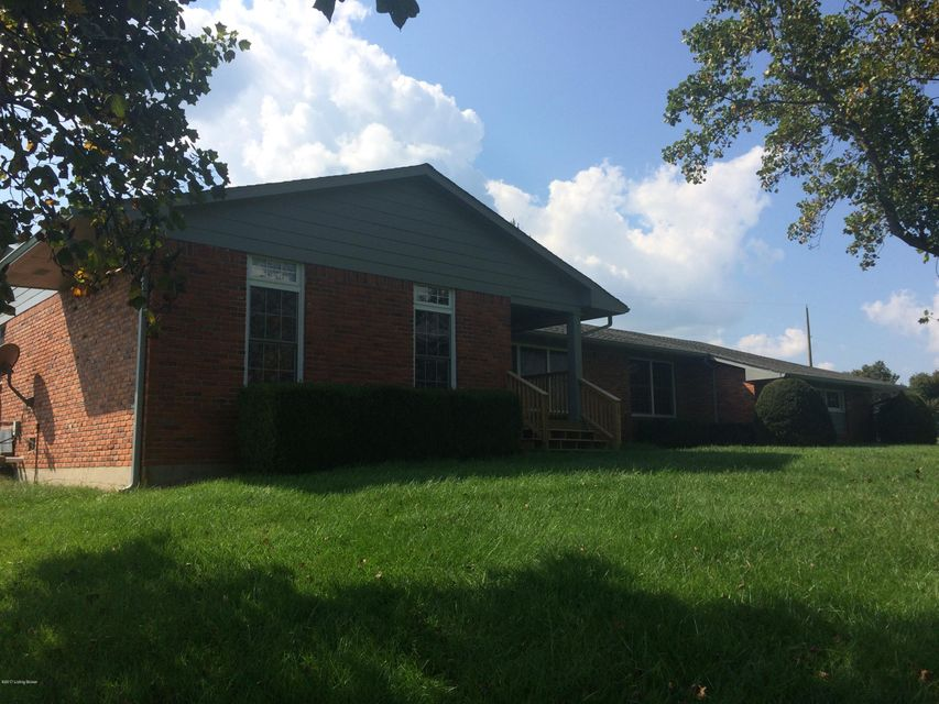 Single Family Home for Sale at 6004 KY-53 Smithfield, Kentucky 40068 United States
