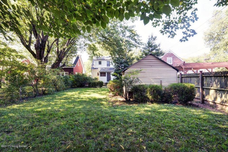 Additional photo for property listing at 409 Cornell Place 409 Cornell Place Louisville, Kentucky 40207 United States