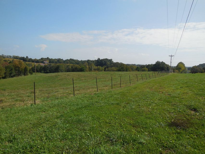 Additional photo for property listing at 460 Sidebottom Cemetery Road 460 Sidebottom Cemetery Road Greensburg, Kentucky 42743 United States