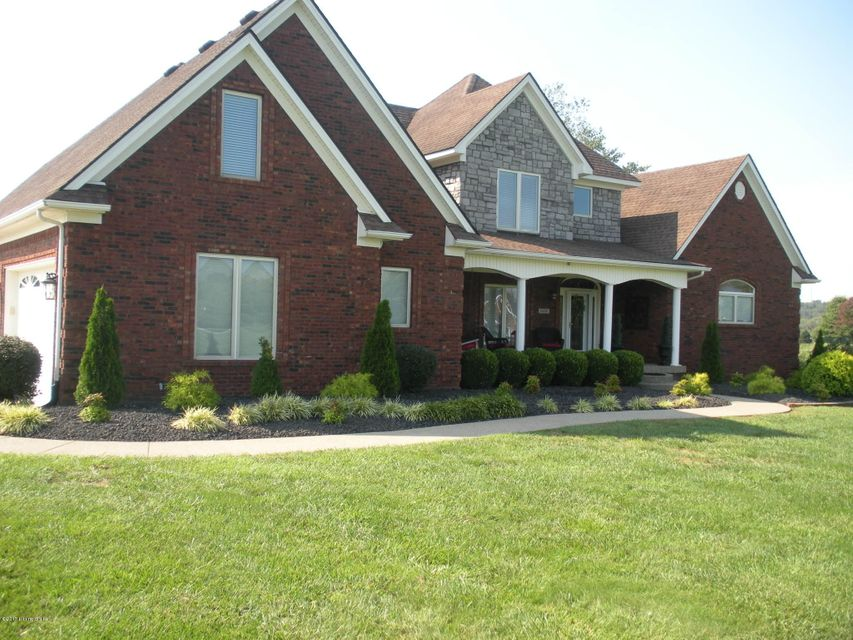 Additional photo for property listing at 6000 Crystal Vista Drive 6000 Crystal Vista Drive Louisville, Kentucky 40299 United States
