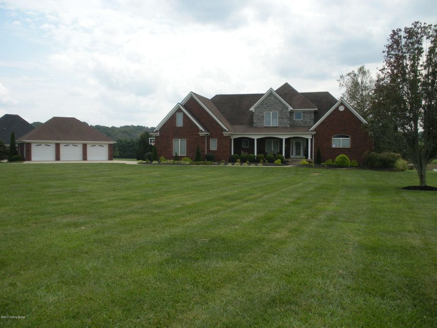 Single Family Home for Sale at 6000 Crystal Vista Drive Louisville, Kentucky 40299 United States