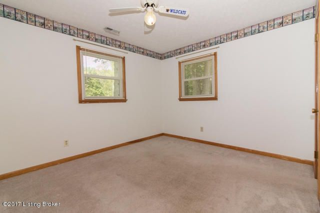 Additional photo for property listing at 181 Yates Chapel Road 181 Yates Chapel Road Cecilia, Kentucky 42724 United States