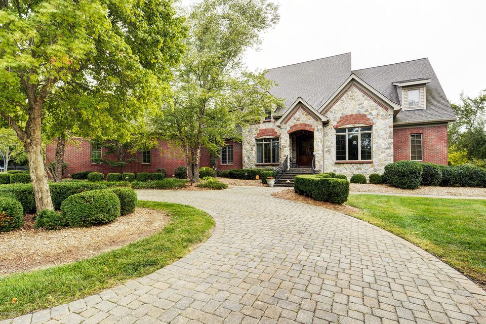 Single Family Home for Sale at 11 Persimmon Ridge Drive Louisville, Kentucky 40245 United States
