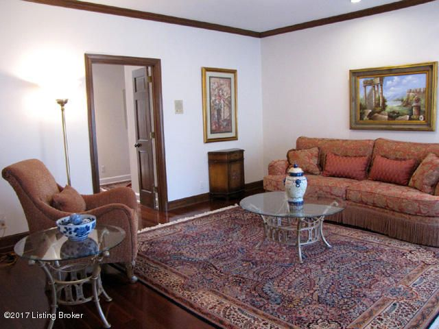 Additional photo for property listing at 712 Lexington Place 712 Lexington Place Louisville, Kentucky 40206 United States