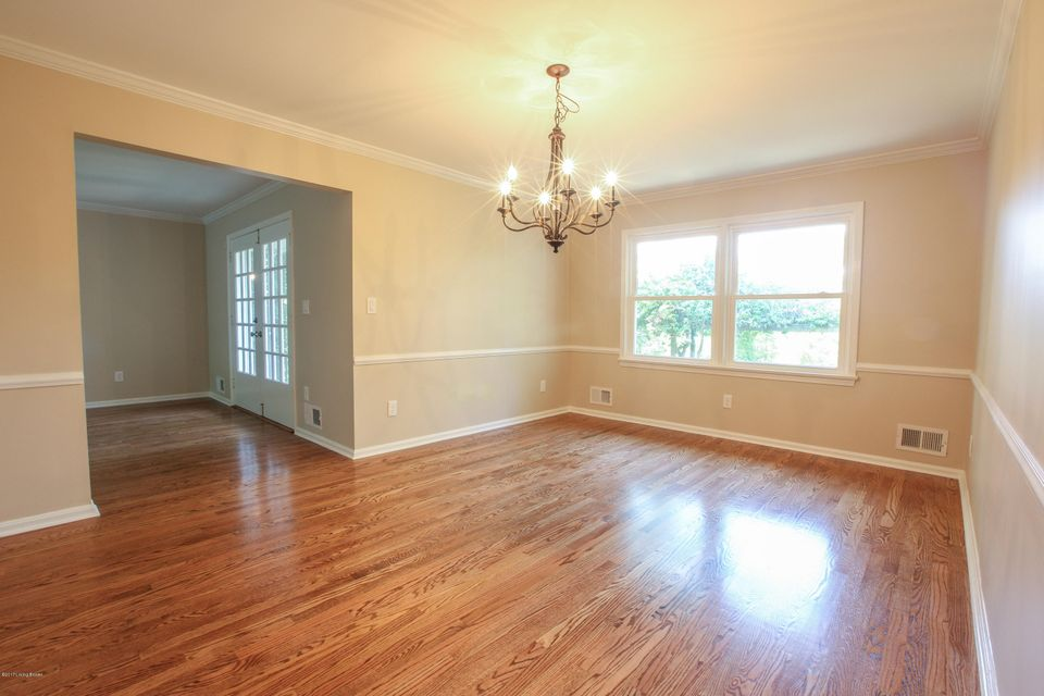 Additional photo for property listing at 3008 Dunraven Drive 3008 Dunraven Drive Louisville, Kentucky 40222 United States
