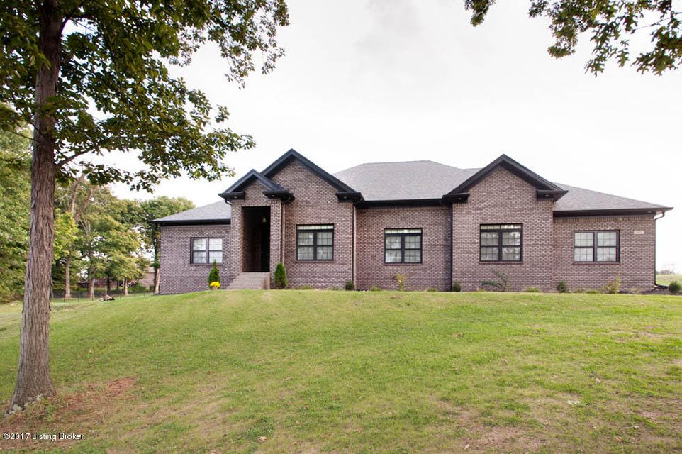 Single Family Home for Sale at 497 E Millwater Falls 497 E Millwater Falls Shepherdsville, Kentucky 40165 United States