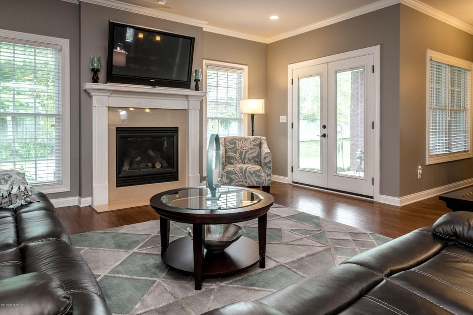 Additional photo for property listing at 14800 Landis Lakes Drive 14800 Landis Lakes Drive Louisville, Kentucky 40245 United States