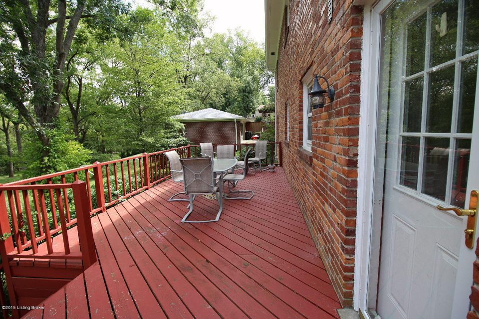 Additional photo for property listing at 1203 Old Cannons 1203 Old Cannons Louisville, Kentucky 40205 United States