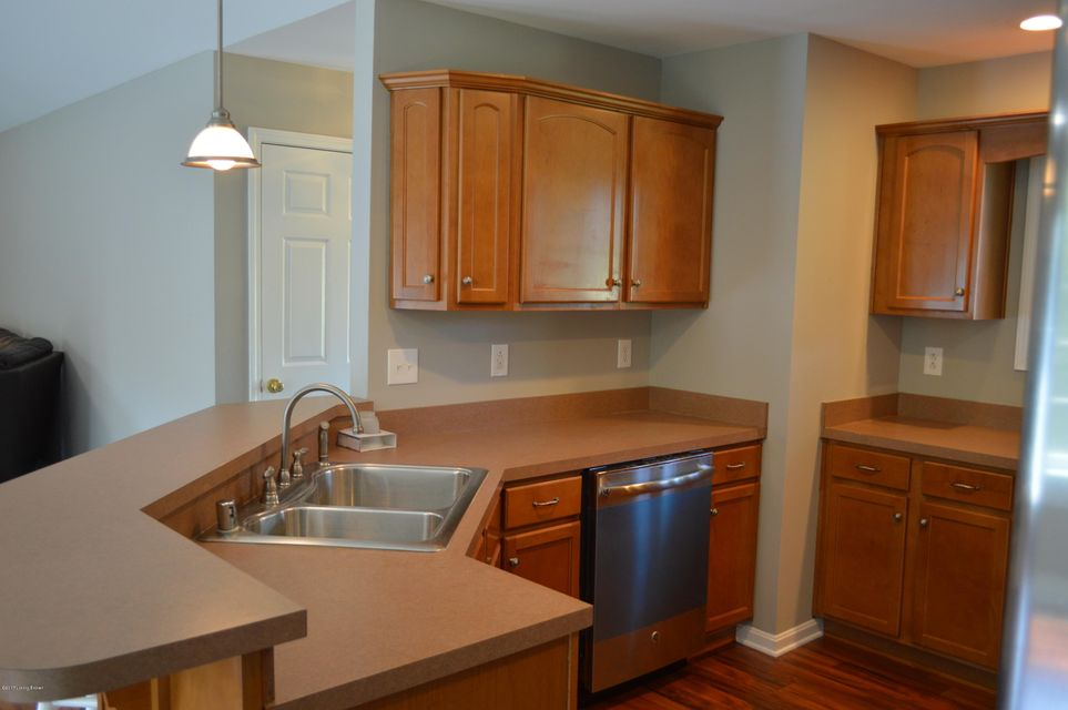 Additional photo for property listing at 195 Wilsonville Heights Drive 195 Wilsonville Heights Drive Fisherville, Kentucky 40023 United States