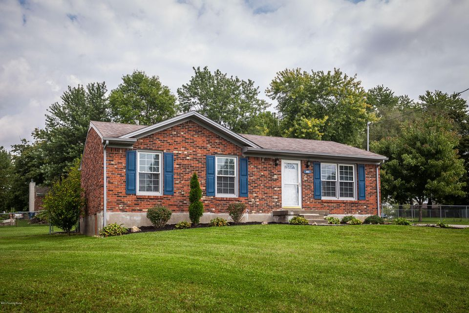 Single Family Home for Sale at 6903 Cedar Court 6903 Cedar Court Pewee Valley, Kentucky 40056 United States