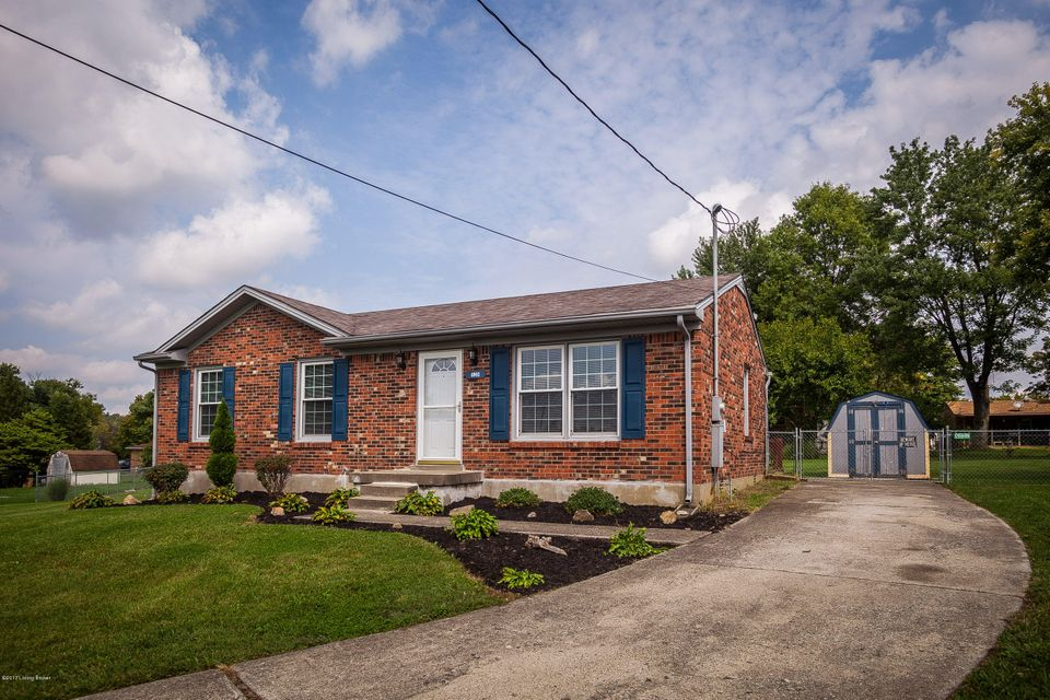Additional photo for property listing at 6903 Cedar Court 6903 Cedar Court Pewee Valley, Kentucky 40056 United States
