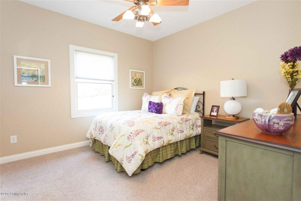 Additional photo for property listing at 21 Fairway Drive 21 Fairway Drive Elizabethtown, Kentucky 42701 United States