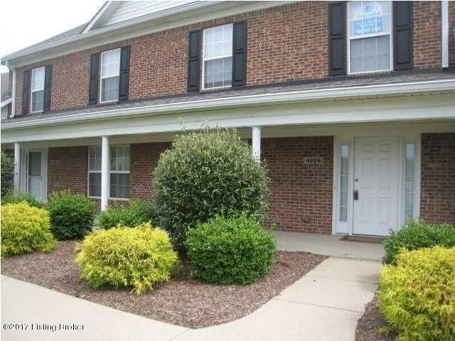 Condominium for Sale at 4806 Cox Woods Court 4806 Cox Woods Court Louisville, Kentucky 40229 United States