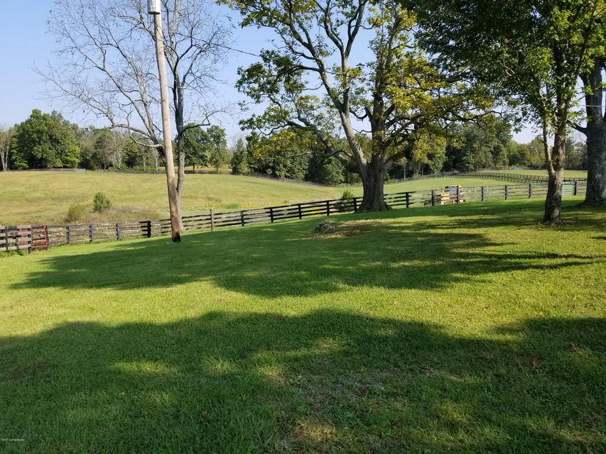 Additional photo for property listing at 4729 Dunbar Valley Road 4729 Dunbar Valley Road Louisville, Kentucky 40023 United States