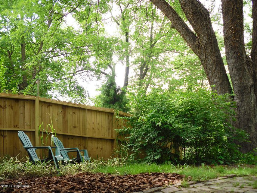 Additional photo for property listing at 1304 Lexington Road 1304 Lexington Road Louisville, Kentucky 40204 United States