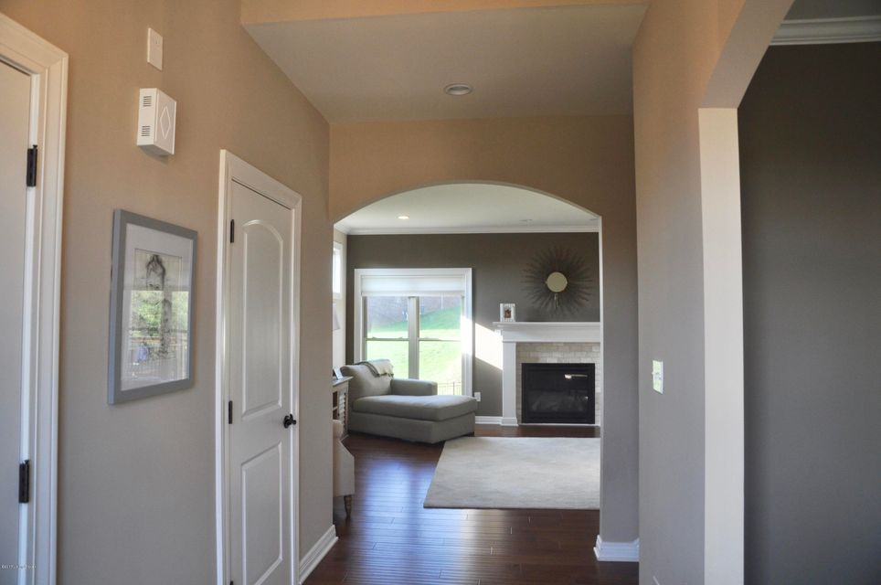 Additional photo for property listing at 4808 Saddle Bend Way 4808 Saddle Bend Way Louisville, Kentucky 40299 United States
