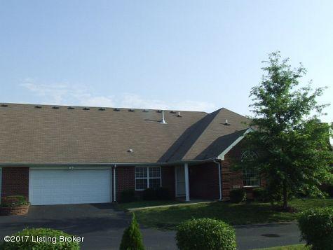 Condominium for Sale at 8604 Summertree Lane 8604 Summertree Lane Louisville, Kentucky 40291 United States
