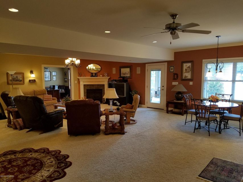 Additional photo for property listing at 3016 Crystal Waters Way 3016 Crystal Waters Way Louisville, Kentucky 40299 United States