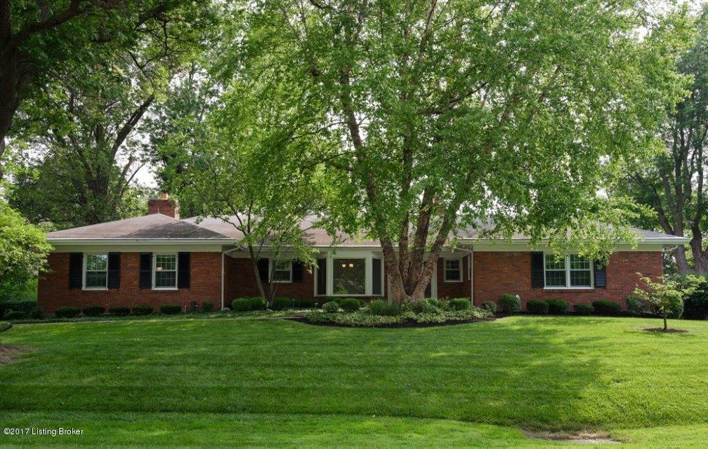 Single Family Home for Sale at 2218 Wynnewood Circle 2218 Wynnewood Circle Louisville, Kentucky 40222 United States