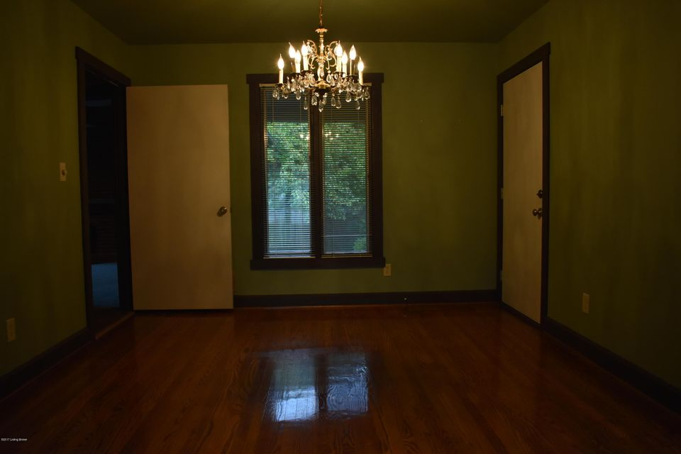 Additional photo for property listing at 10101 Afton Road 10101 Afton Road Louisville, Kentucky 40223 United States