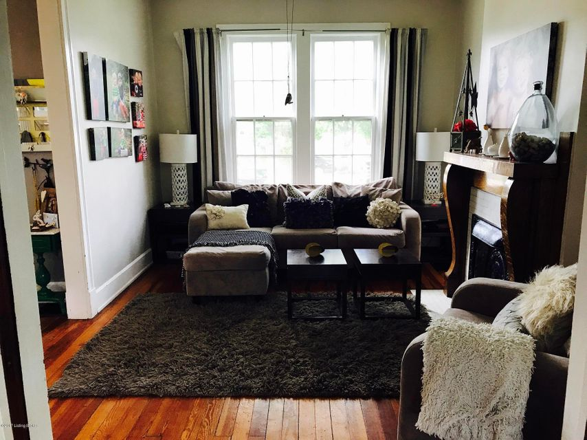 Additional photo for property listing at 2020 Woodbourne Avenue 2020 Woodbourne Avenue Louisville, Kentucky 40205 United States