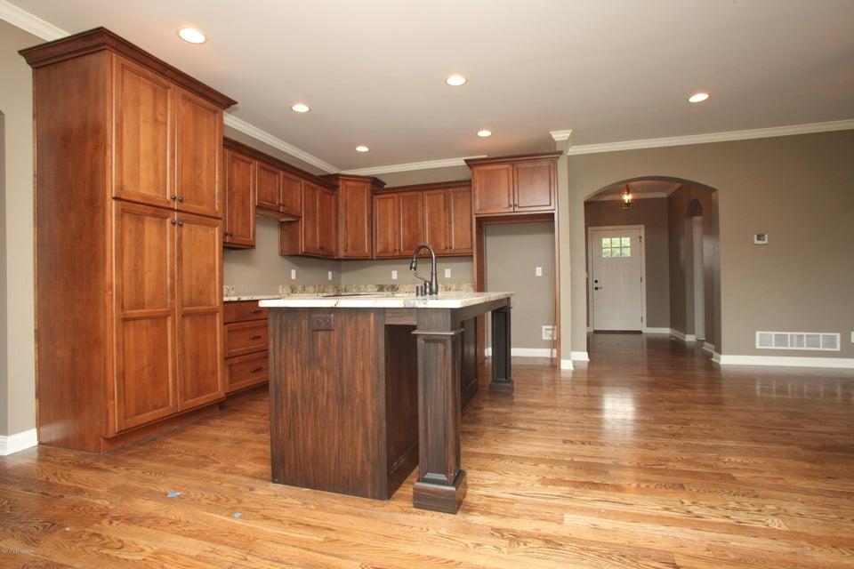 Additional photo for property listing at 211 Washington Commons Drive 211 Washington Commons Drive Mount Washington, Kentucky 40047 United States