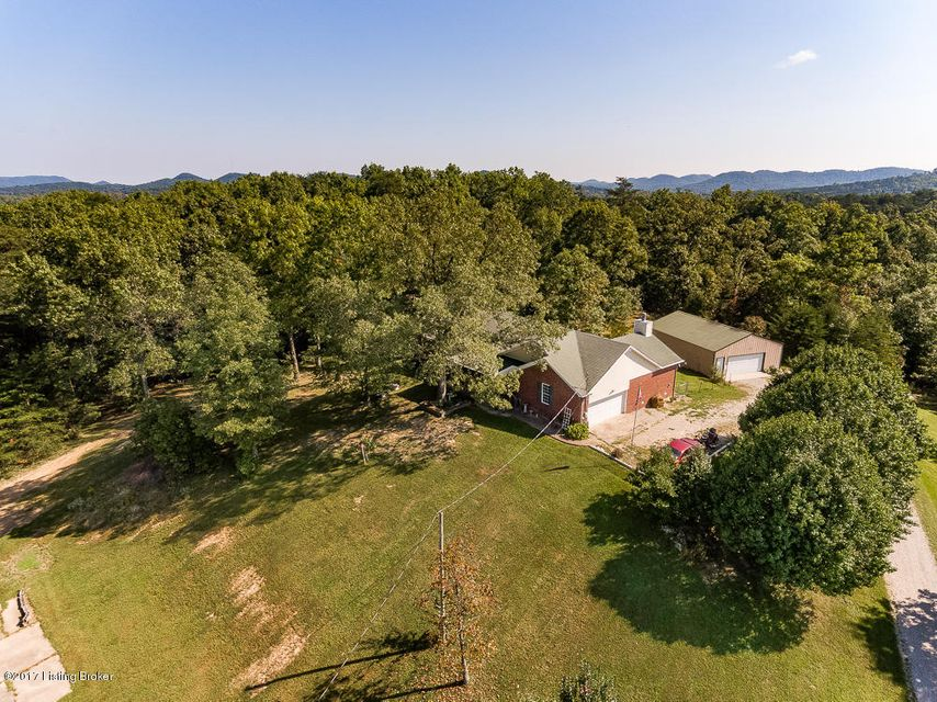 Additional photo for property listing at 400 Dennis Road 400 Dennis Road Lebanon Junction, Kentucky 40150 United States