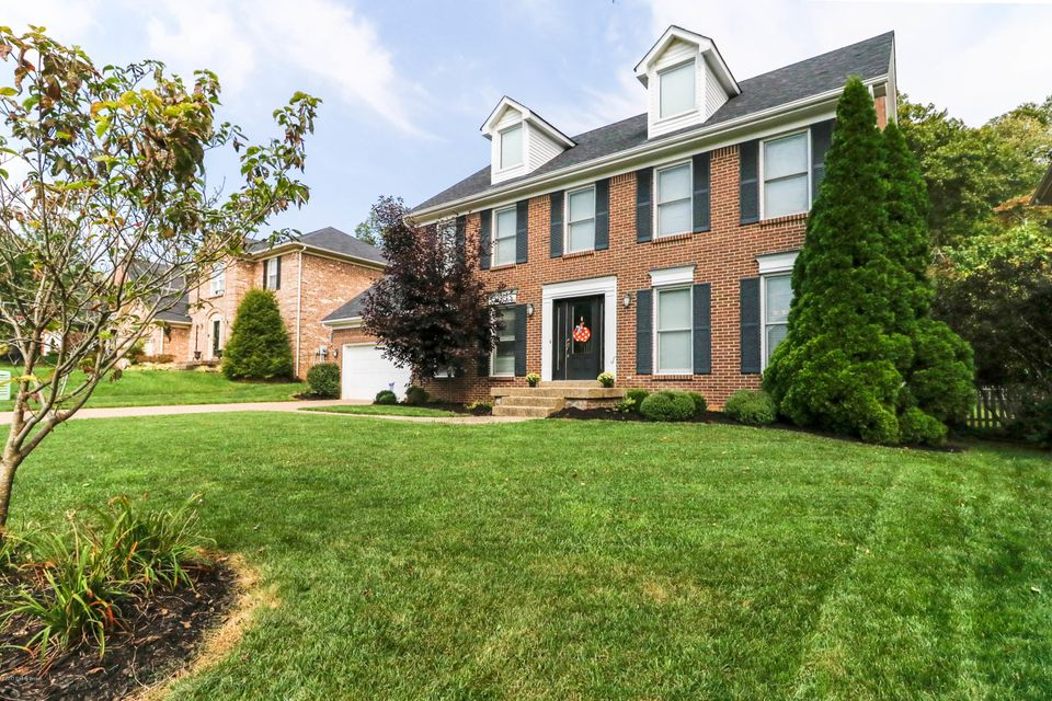 Additional photo for property listing at 4112 Woods View Place 4112 Woods View Place Louisville, Kentucky 40245 United States