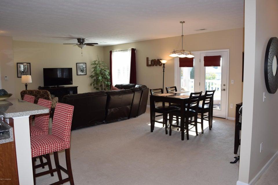 Condominium for Sale at 2601 Bradford Commons Drive 2601 Bradford Commons Drive Louisville, Kentucky 40299 United States